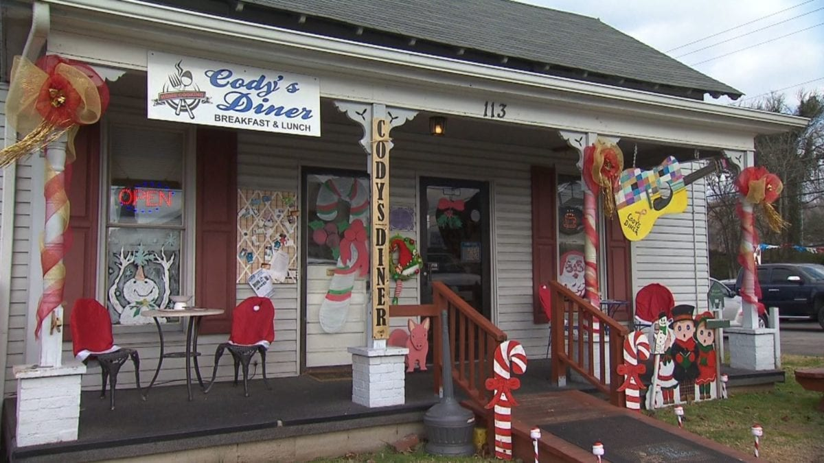 Cody's Diner on NPT's Tennessee Crossroads