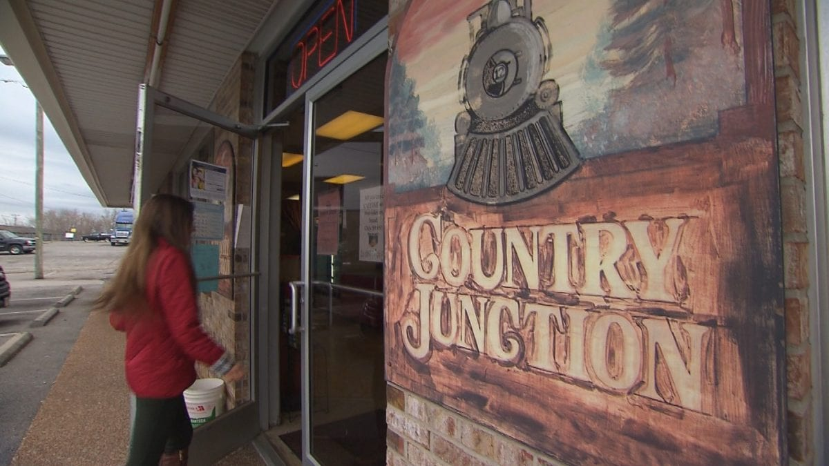 Country Junction Restaurant on NPT's Tennessee Crossroads